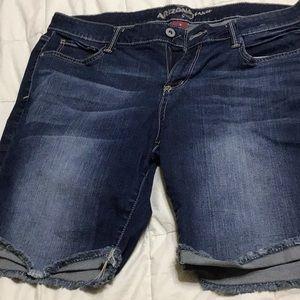 Arizona Jeans Bermuda Shorts size 13